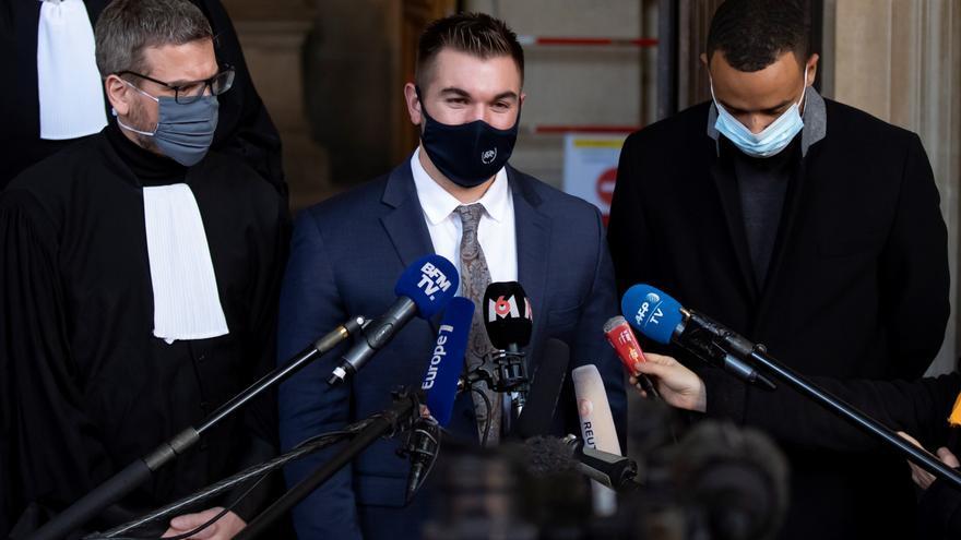 """Los """"héroes"""" del tren Thalys ponen voz al atentado cinco años después"""