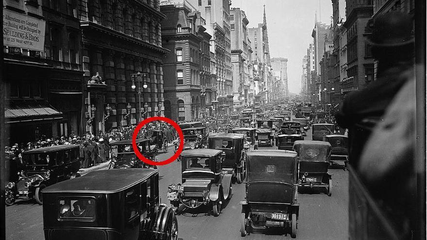 La Quinta Avenida de Nueva York el día de Pascua de 1913.