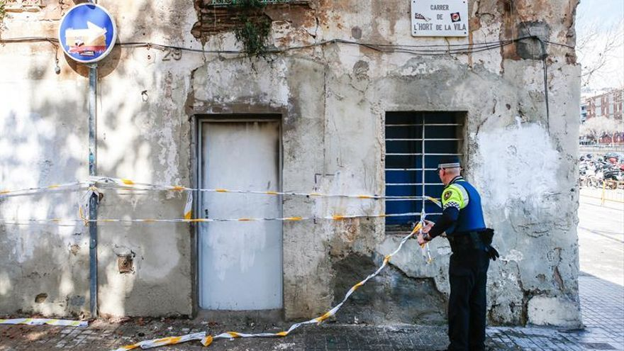 Los Mossos investigan el incendio en el Ateneu Popular de Sarrià al verlo intencionado