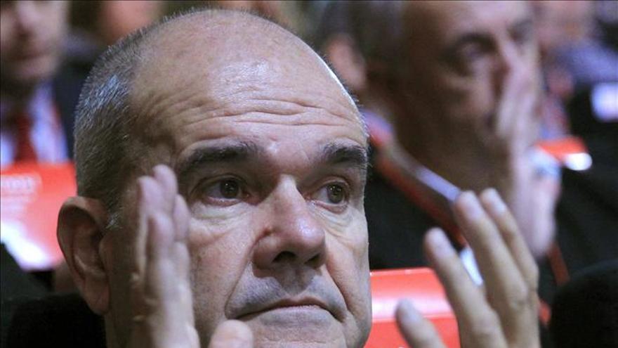 Cháves cree que Rubalcaba es un hombre de futuro dentro del PSOE