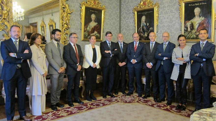 El Gobierno de Navarra y Bankia firman un convenio marco de colaboración para el desarrollo de la FP dual