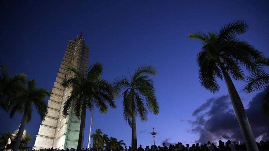 La Habana, enlutada, se prepara para acoger a los últimos invitados de Fidel