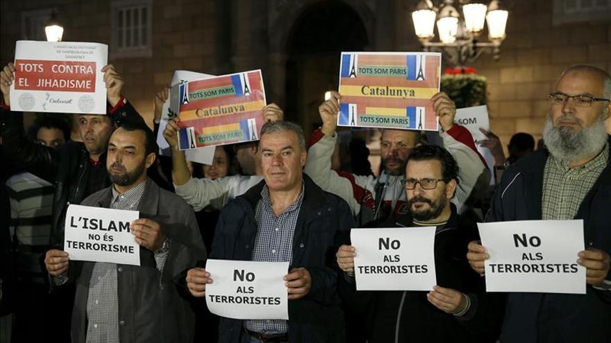 Comunidades musulmanas de Cataluña condenan los ataques terroristas de París