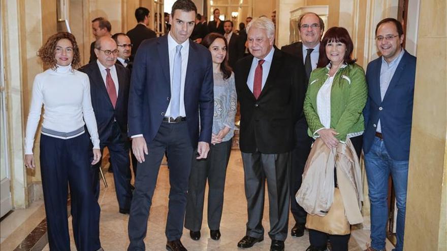 """Sánchez exige al independentismo que """"respete"""" la sentencia del TC"""