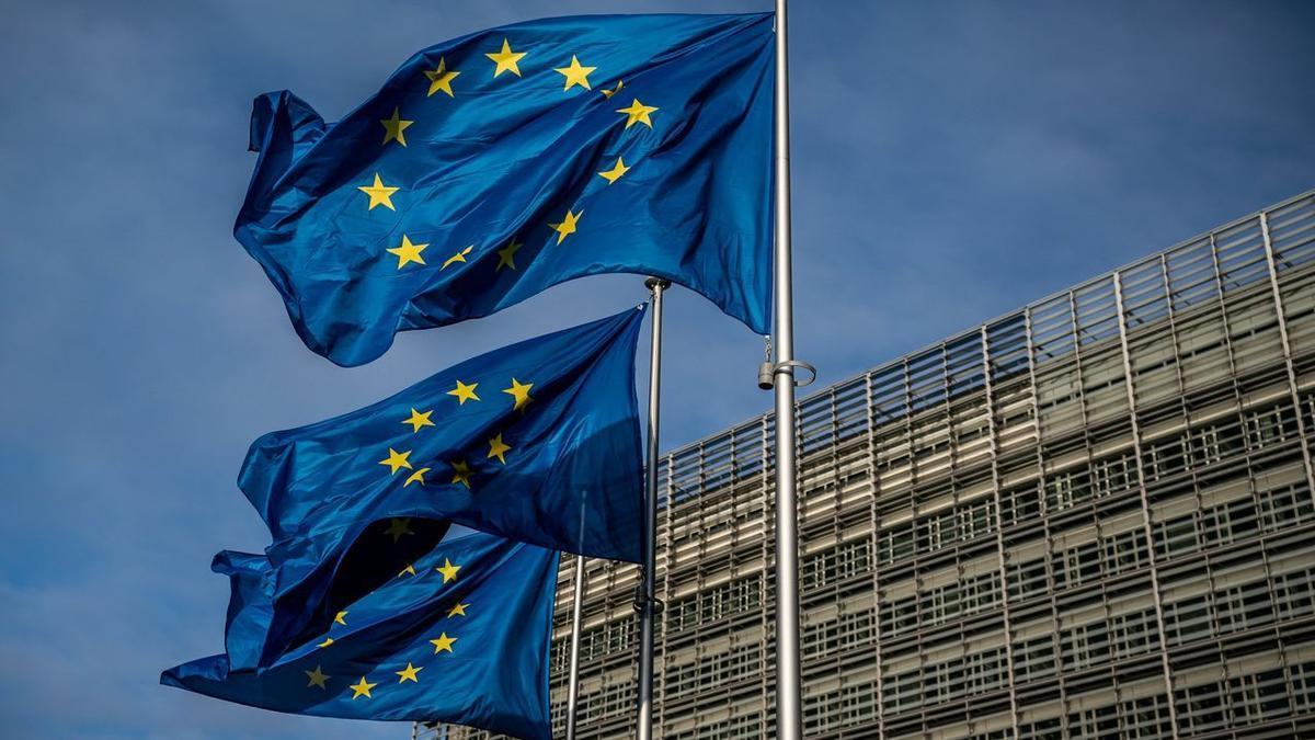 Esta Comisión contará con la asistencia y el soporte técnico del Comité Técnico de Coordinación de Fondos Europeos.