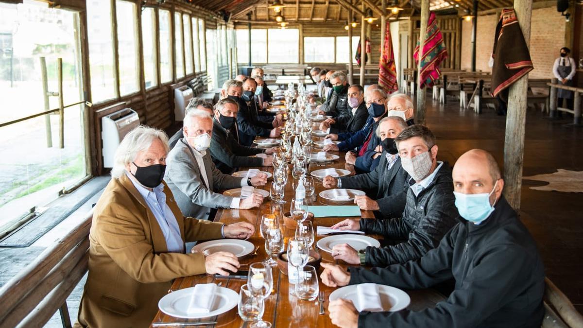 Representantes del sector de la carne en un almuerzo en La Rural