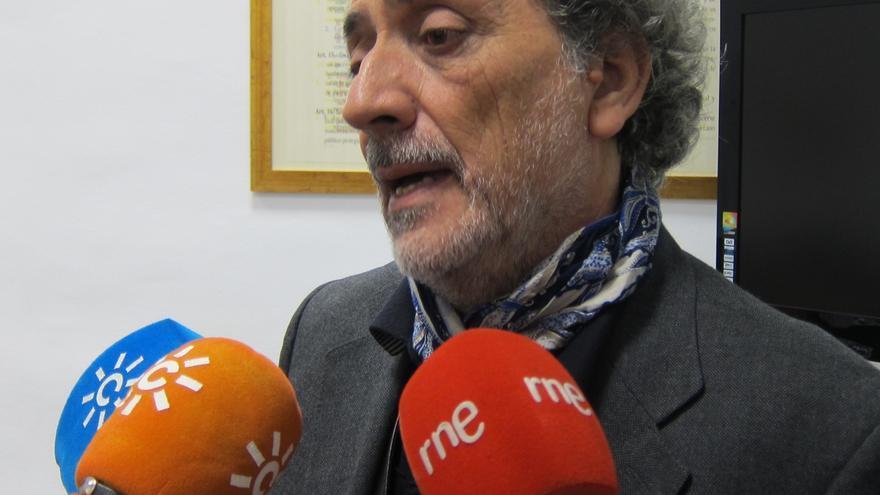 """Chamizo insta a """"defender la democracia pese a oscuridades"""" como el caso Bárcenas y pide """"transparencia"""" en los partidos"""