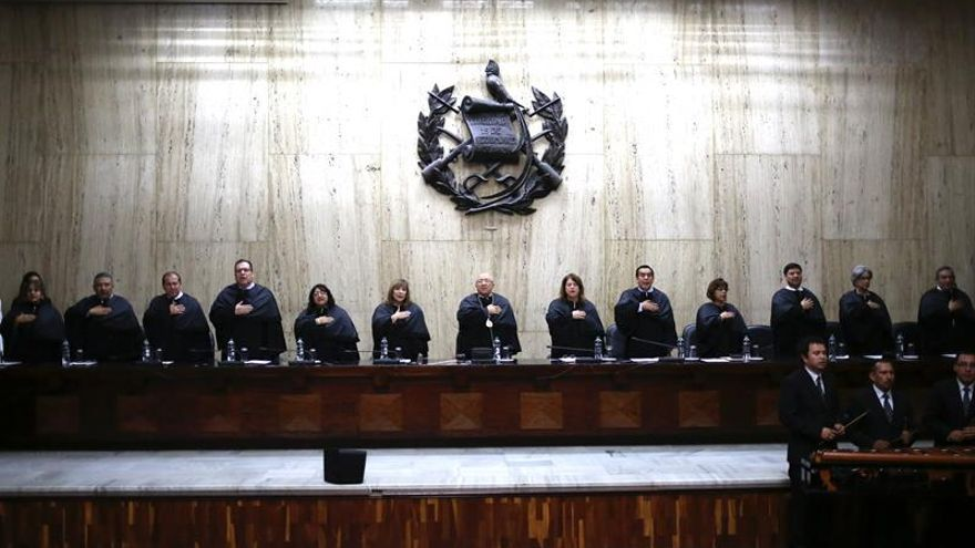 El Congreso de Guatemala conformará la comisión para hacer antejuicio al presidente