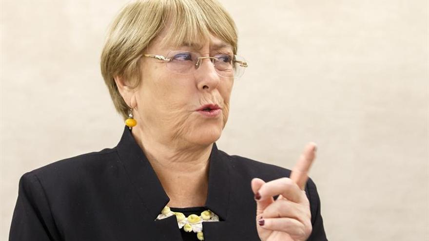 En la imagen un registro de la Alta Comisionada de las Naciones Unidas para los Derechos Humanos, Michelle Bachelet.