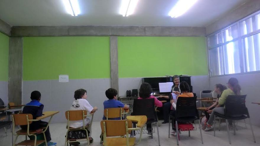 En la imagen, una de las aulas de la Escuela Insula de Música en Los Llanos.
