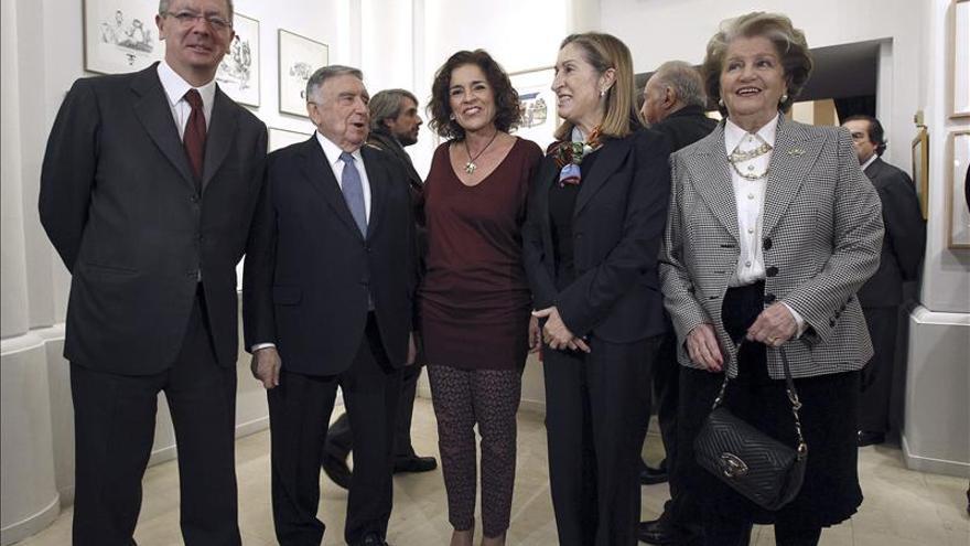 """""""El Quijote"""" de Mingote se instala en la Sociedad Cervantina"""