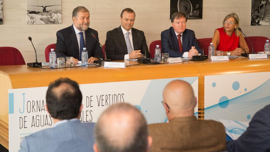 El alcalde de Las Palmas de Gran Canaria en las Jornadas Técnicas de Vertido de Aguas Residuales