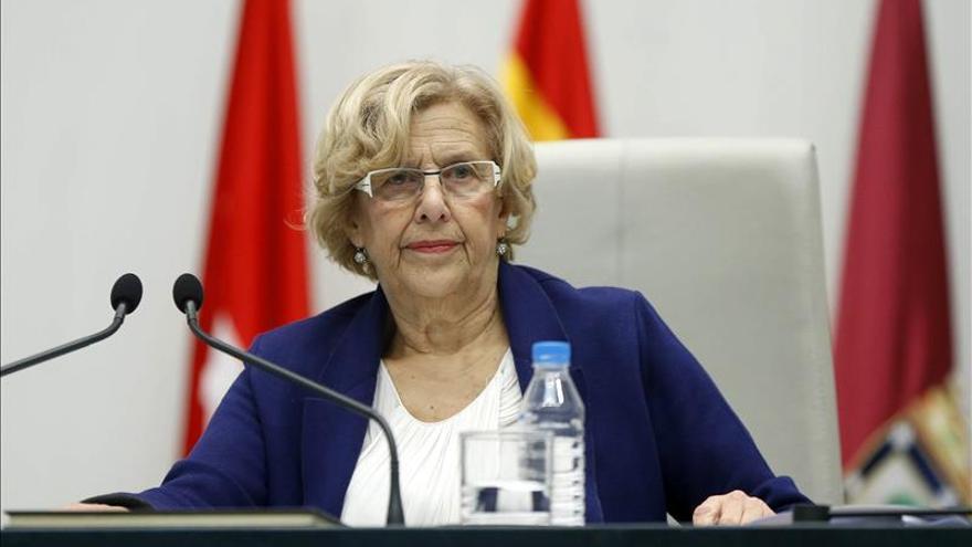 La alcaldesa Manuela Carmena recibe la Orden de la Gran Cruz 'Sol de Perú'