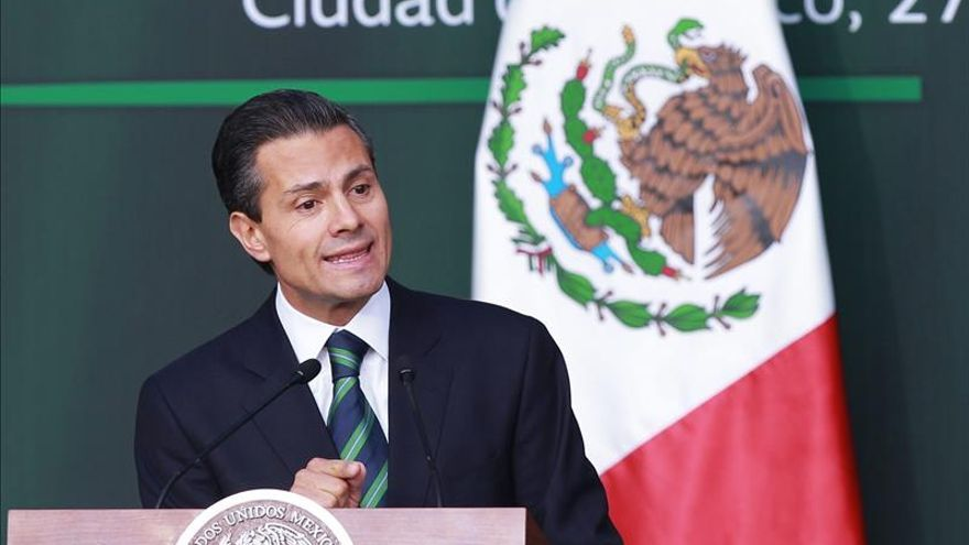 Peña anuncia reforma constitucional para extirpar a mafias de las alcaldías