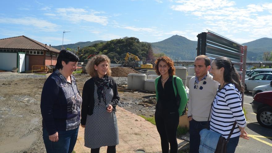 """Oregi destaca que las obras de saneamiento en Busturialdea permiten """"mejorar el entorno de toda la reserva de Urdaibai"""""""