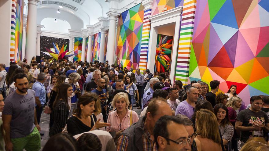 Éxito de público en la exposición de Okuda en el Centre del Carme