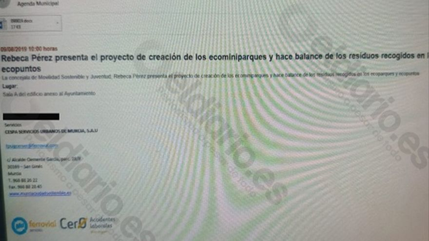 Uno de los correos enviados a sus empleados por la empresa que gestiona los residuos de Murcia, Cespa