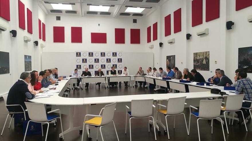 Reunión del Cabildo de Gran Canaria con los alcaldes de los municipios dentro del proyecto del Fdcan