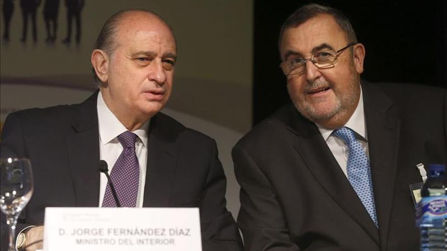 Fernández Díaz dice que se buscará mientras haya resquicio, pero todo tiene un límite