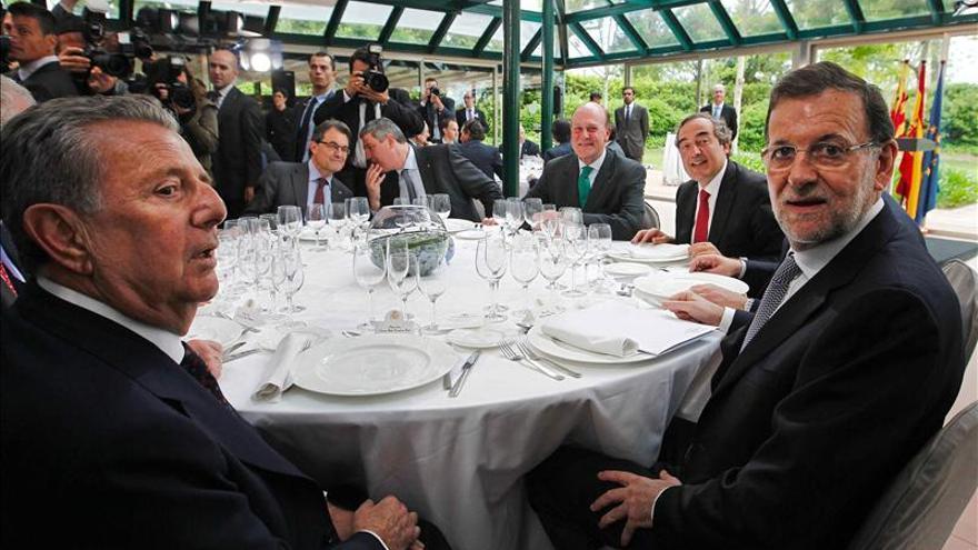 Rajoy anuncia nuevas inversiones por mil millones en el sector del automóvil
