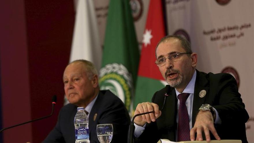 """La Liga Árabe califica de """"gran crimen"""" el ataque químico en Siria"""