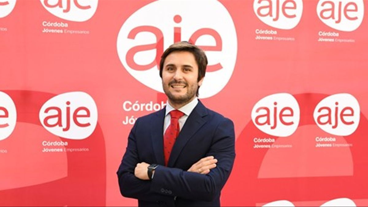 El presidente de AJE Córdoba, Félix Almagro.
