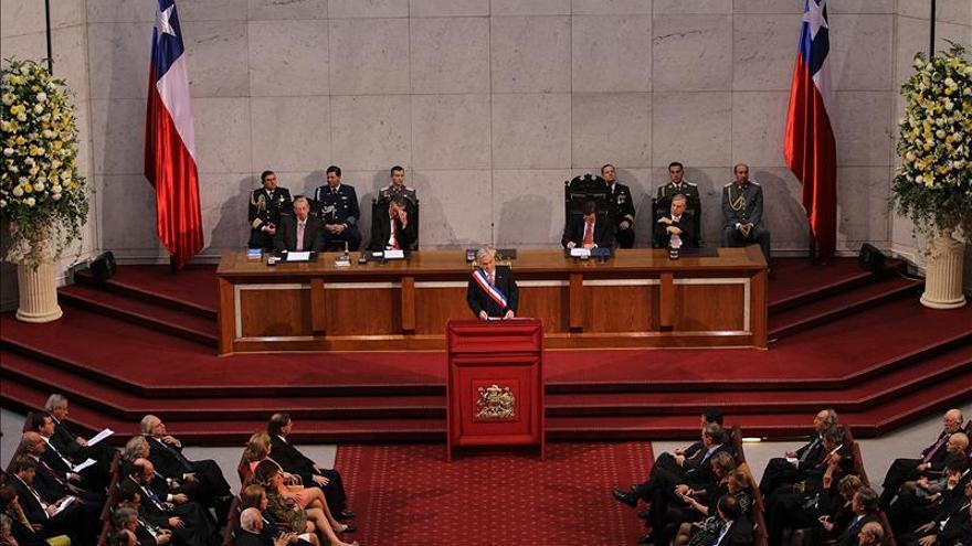 Sindicatos chilenos rechazan el balance de Piñera y convocan un paro nacional