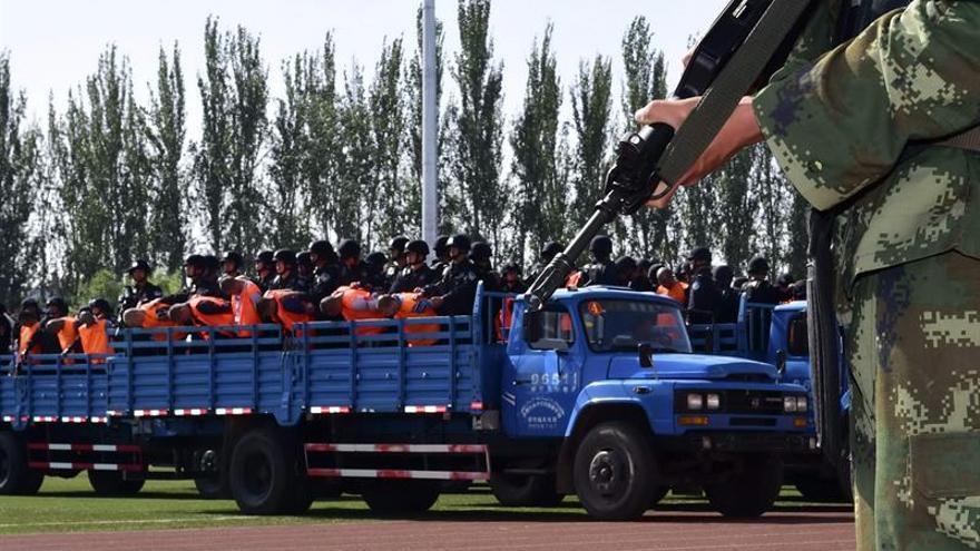 China afirma haber detenido a casi 13.000 terroristas en Xinjiang desde 2014