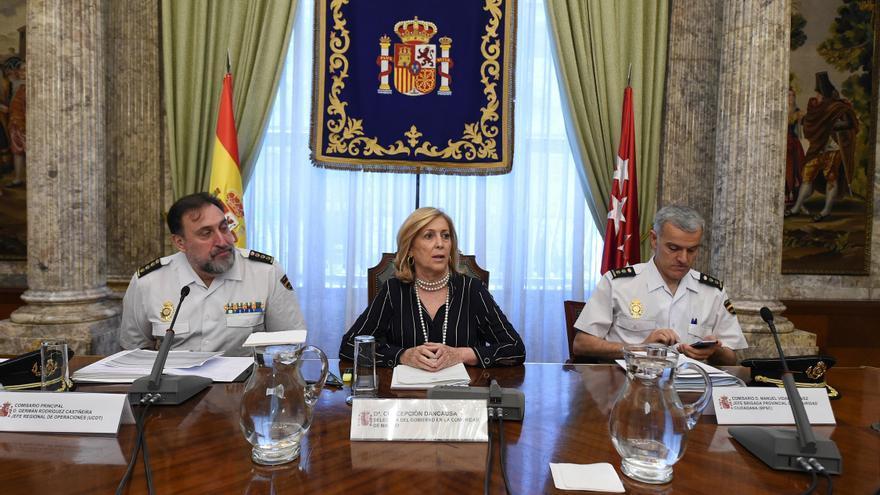 Germán Rodríguez Castiñeira, a la izquierda, con la delegada del Gobierno en Madrid, Concepción Dancausa, en una rueda de prensa el pasado 29 de junio.