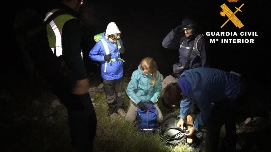 Rescatada una familia holandesa que hacía senderismo y se perdió en Picos de Europa por la niebla
