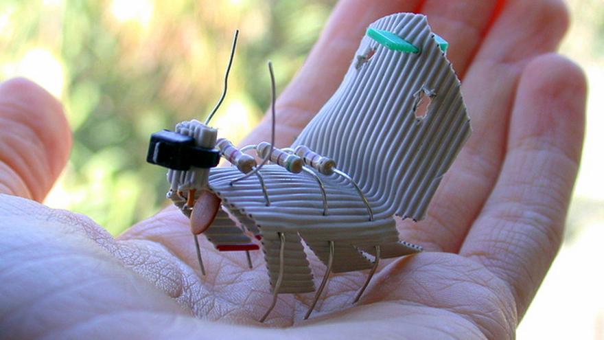 Los hábitos de hormigas y abejas sirven de modelo a la inteligencia de enjambre, una rama de la inteligencia artificial