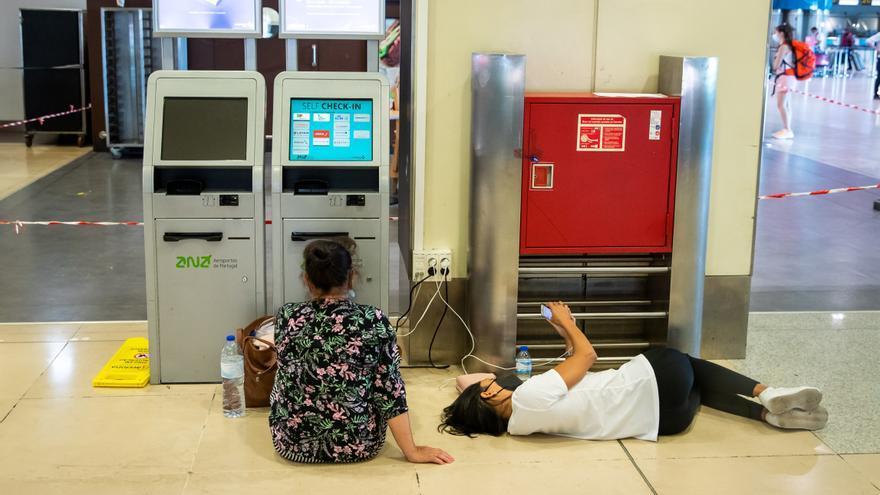 El conflicto en los aeropuertos de Portugal se recrudece por la deuda de 13 millones