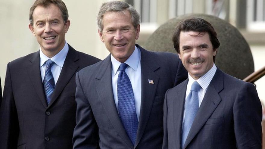 Blair, Bush y Aznar en la reunión de las Azores que desembocó en la invasión de Irak de 2003.