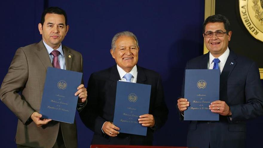 EE.UU. prestará 1.000 millones de dólares para el Triángulo Norte de Centroamérica
