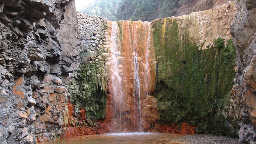 Cascada de Colores. Juvlai