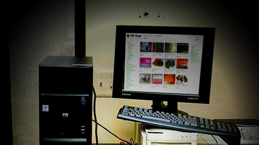 Silk Road en un ordenador (Imagen original Phil_g, Flickr)