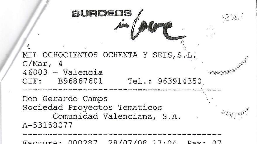 Una factura, difundida por el PSOE, firmada por Gerardo Camps del restaurante Burdeos in Love.