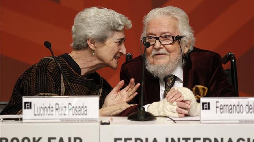 "Recuerdan en la FIL al mexicano Gutiérrez Vega, poeta ""del amor y la memoria"""