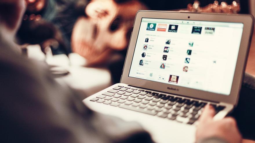 La seguridad de las comunicaciones en internet se basa en el sistema de Helmann y Diffie