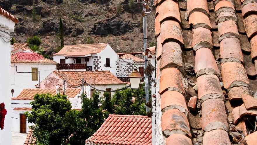 Vista general del pequeño pueglo tradicional de Fataga, en Gran Canaria. VIAJAR AHORA