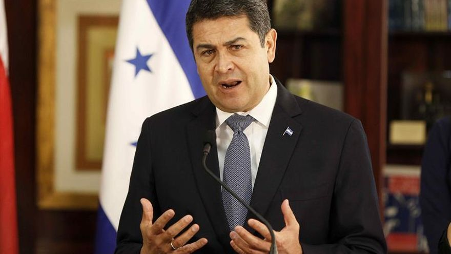 El presidente hondureño pide el voto para los candidatos oficialistas a diputados