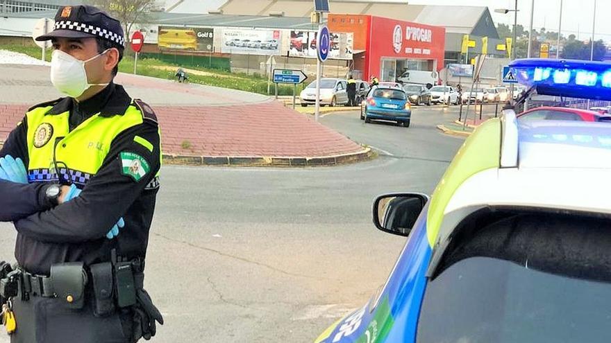 Policía Local de Castilleja de la Cuesta realiza 101 denuncias en primeros 15 días de cuarentena