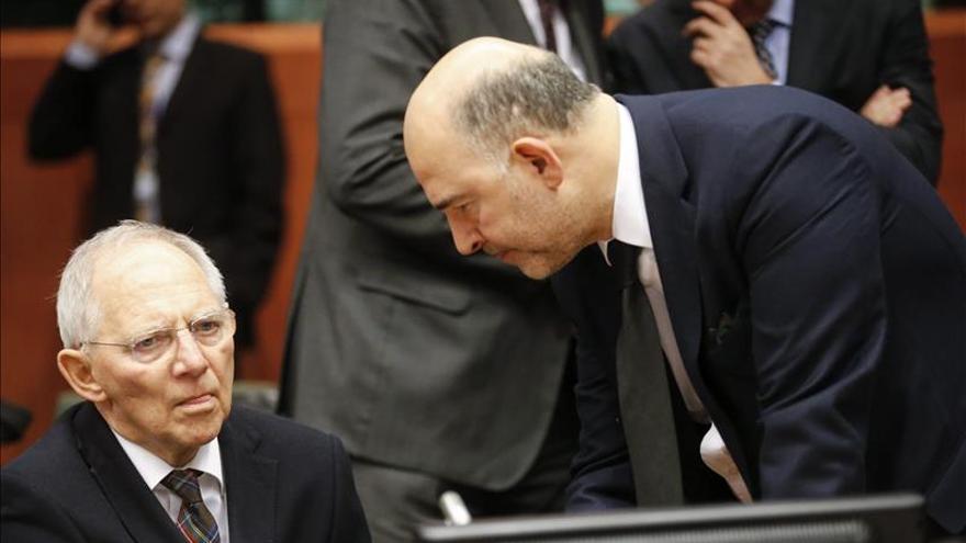Moscovici dice que el programa griego tiene que ser financieramente realista