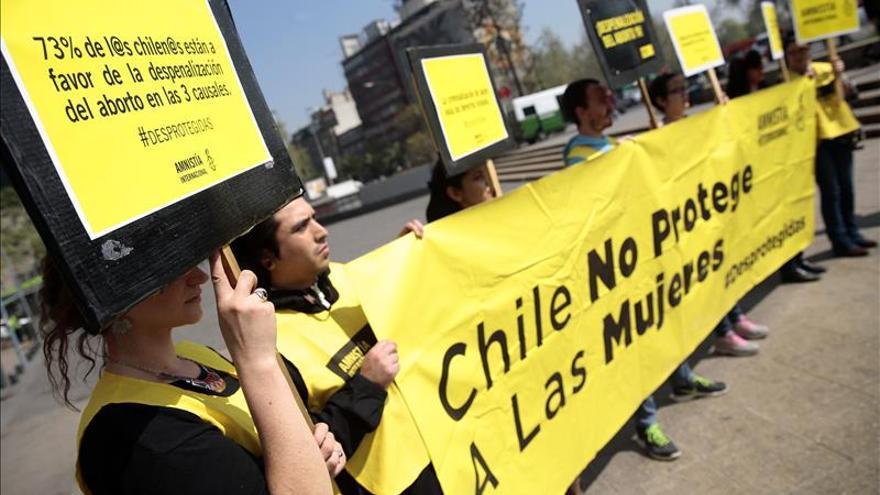 Piden en Chile redoblar los esfuerzos para aprobar la ley que despenaliza el aborto