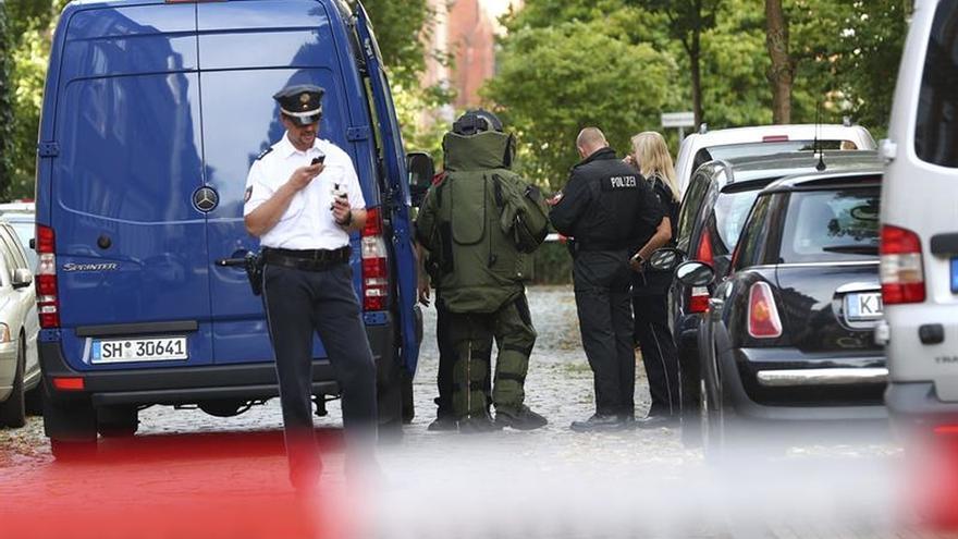 La policía alemana precinta tres escuelas por amenaza de dulces envenenados