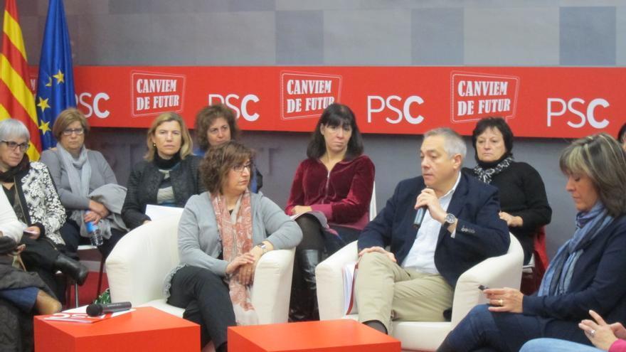 Navarro recalca su apuesta por la consulta legal el día antes del Consell Nacional