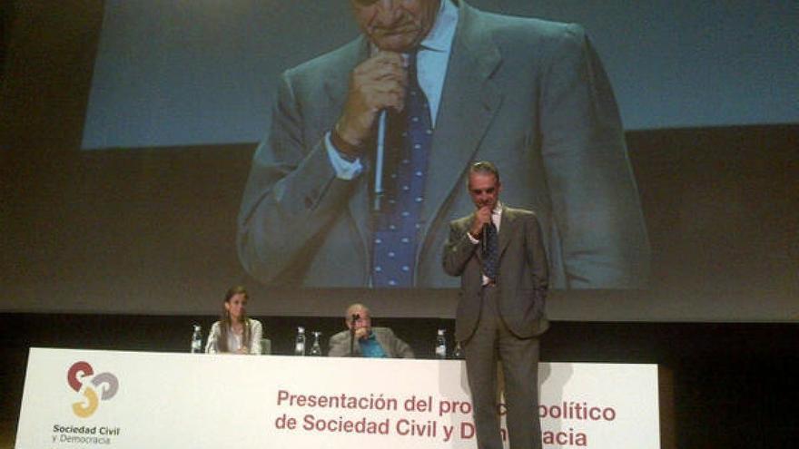 Mario Conde, presentando su candidatura a la Xunta en 2012