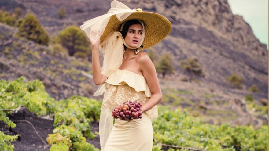 Fuencaliente celebra 'Moda entre vendimia' con los diseñadores palmeros Waleska Morin y Pedro Juan Glez