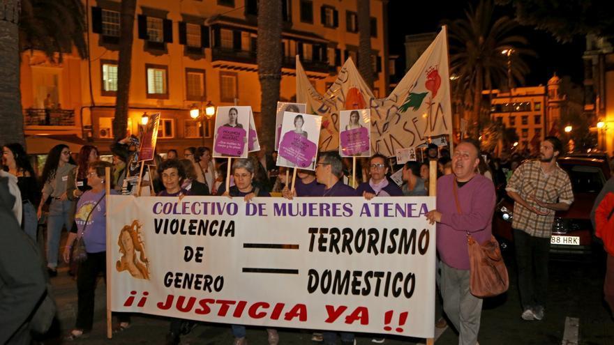 Manifestación contra la violencia machista en Las Palmas de Gran Canaria (ALEJANDRO RAMOS)