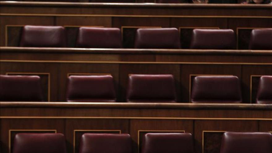 El SUP lleva al juzgado a Fernández Díaz y Cosidó por prevaricar al otorgar medallas